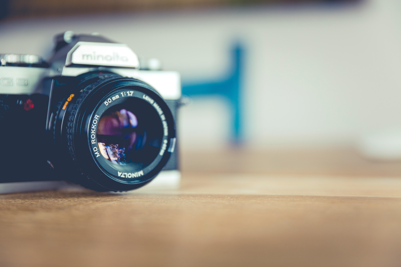 camera-macro-optics-122400.jpg